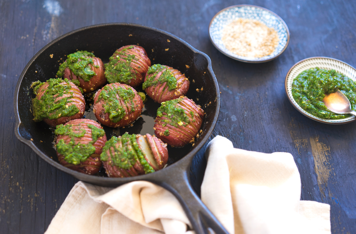 Hasselback Potato with Mint Chutney
